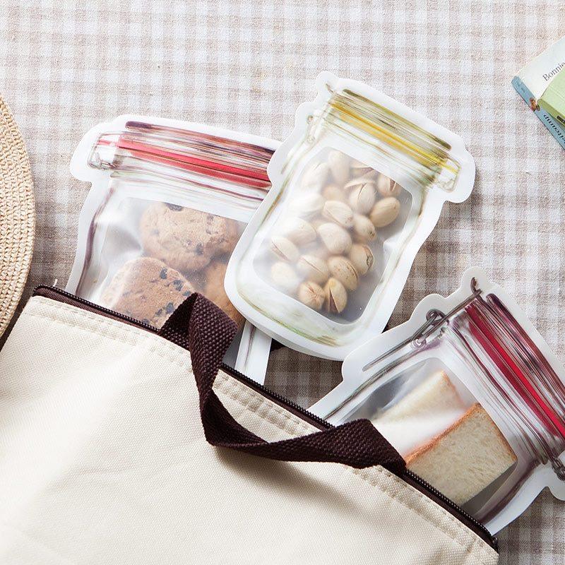 sac de conservation hermétique dans un sac à main