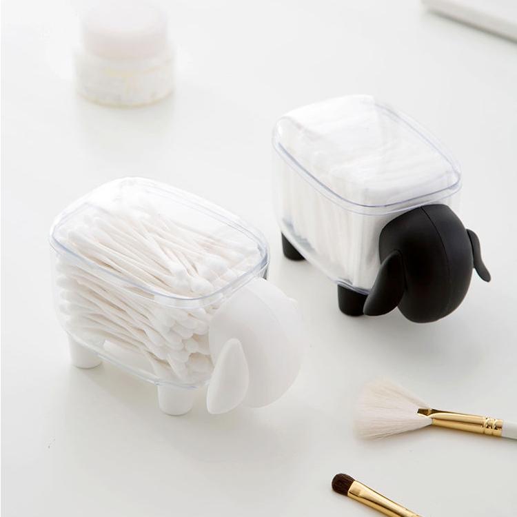 Deux boites mouton noir et blanc
