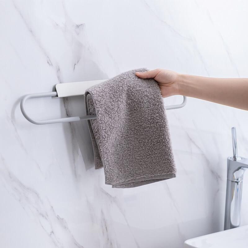 Porte-serviette mural blanc avec main