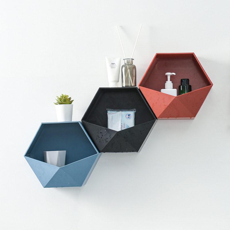 étagère hexagonale - rouge bleu et noir
