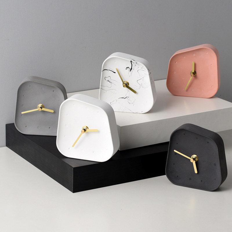 horloge de table béton - plusieurs couleurs