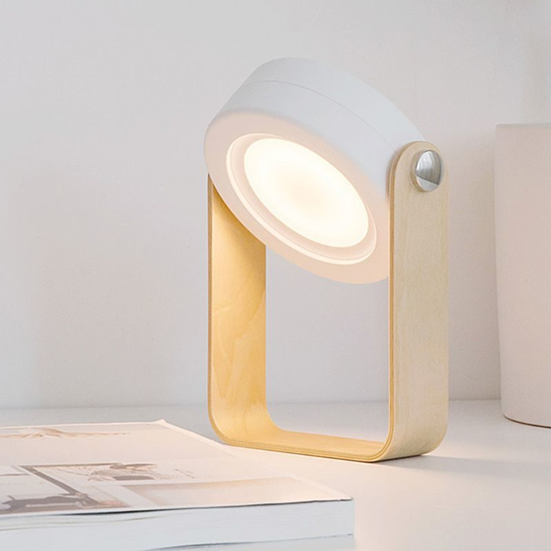 Lanterne design accordéon blanche allumée