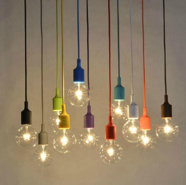 suspensions lumineuses colorées