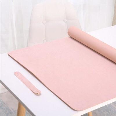sous main de bureau en cuir rose