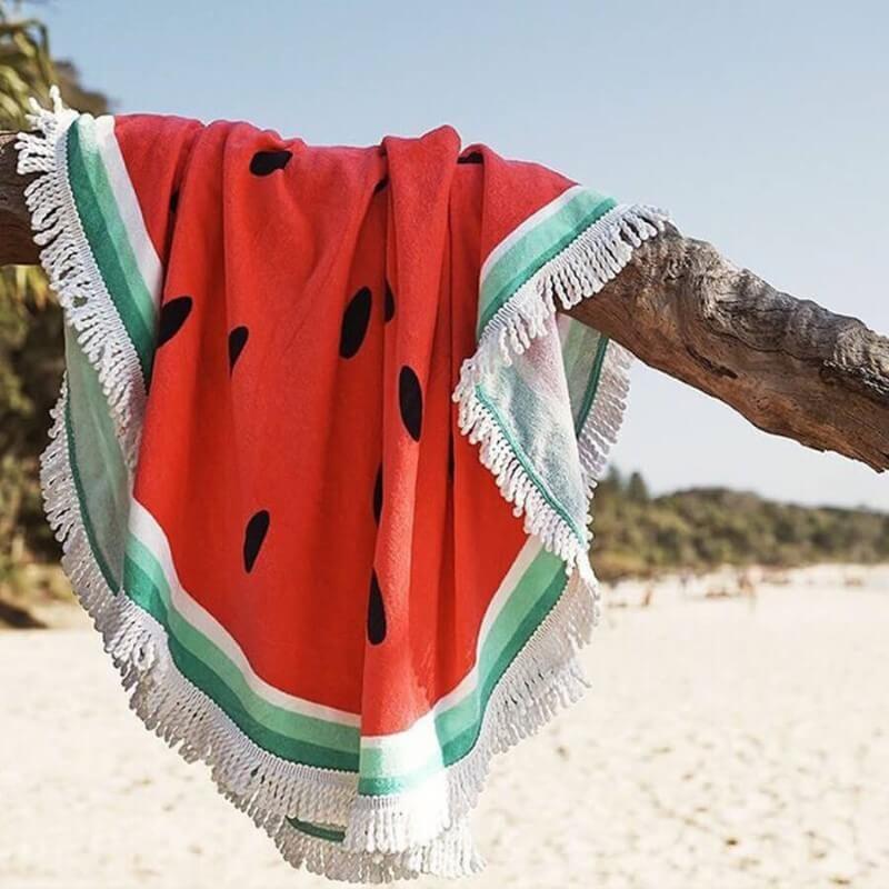 serviette pastèque à la plage