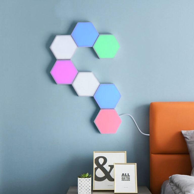 Lampe tactile hexagonale avec différentes couleurs