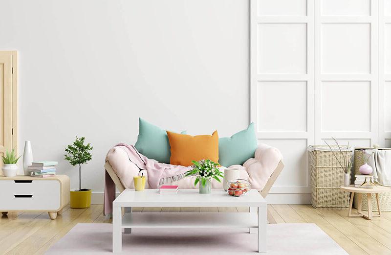 Salon avec des couleurs pastel