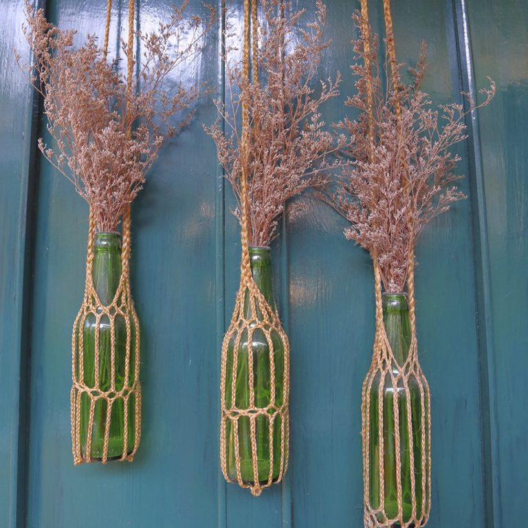 DIY avec des bouteilles en vases suspendus