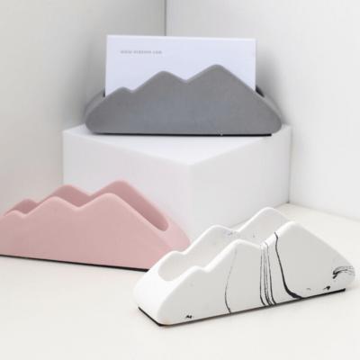 Trois porte-carte en forme de montagne