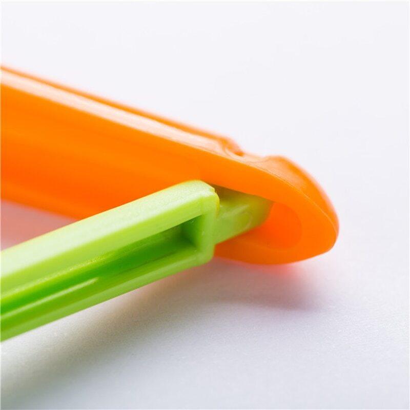 Pince hermétique carotte pour sac - vue de près