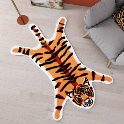 Tapis tigre style asiatique vintage