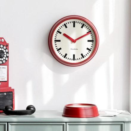 Horloge vintage style gare américaine - couleur rouge